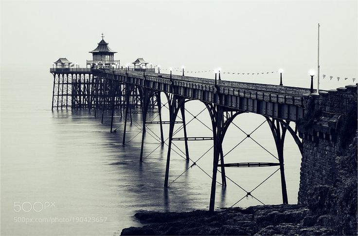 Clevedon Pier by Photospot-be