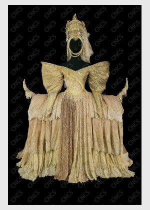 The Queen's costume by Tomio Mohri for the 1992 Opera National de Paris (Ballet) production of Swan Lake