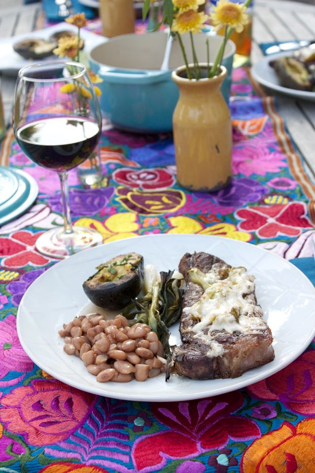 Tampiquena Steaks with Grilled Avocado. I've got to try this now that it's #grilling weather. @muybuenocooking