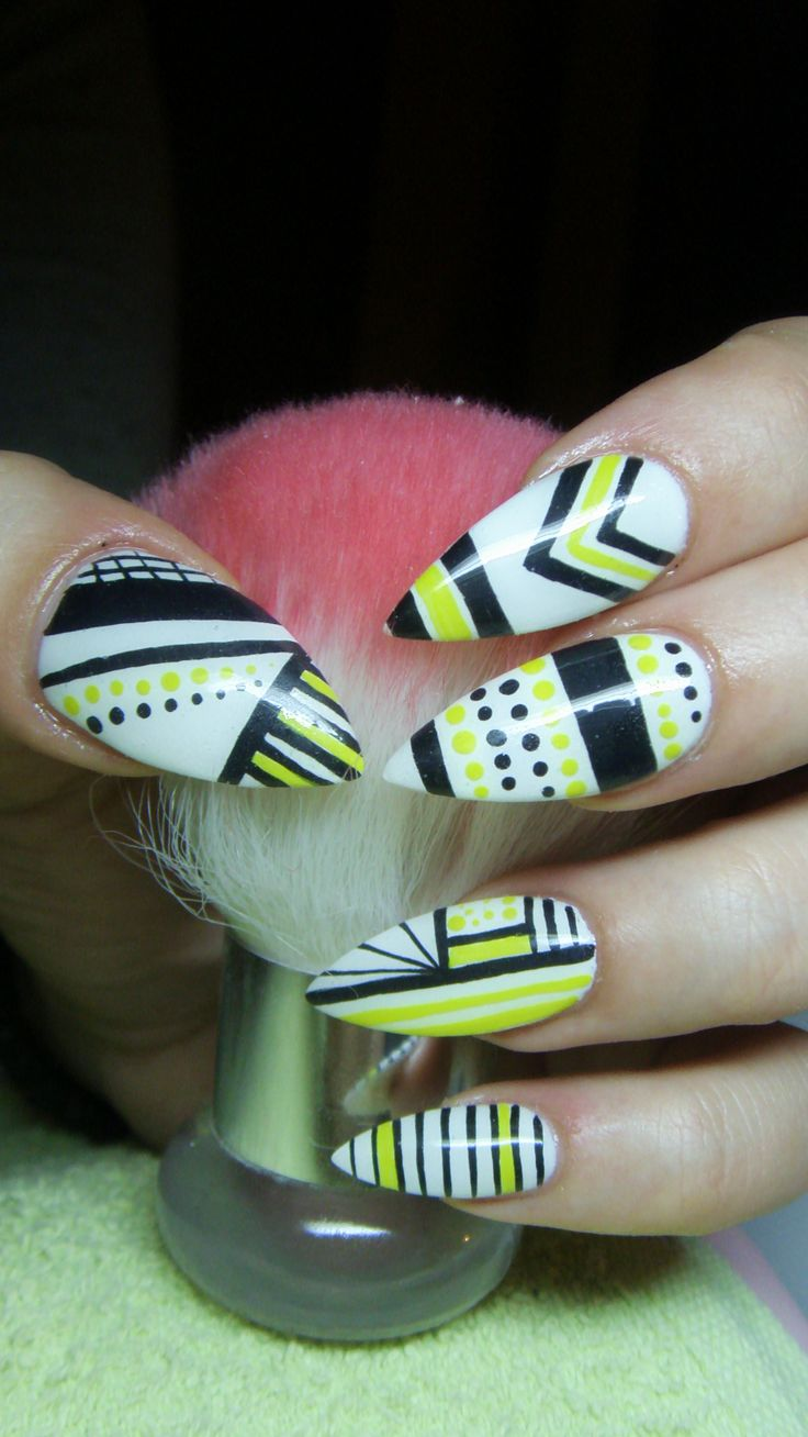 Dorable Mate Uñas En Blanco Y Negro Embellecimiento - Ideas Para ...
