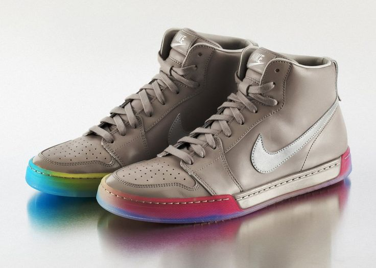 Nike's Gay Pride special only available in Nike New York City   BE TRUE Air Royal #nike #pride