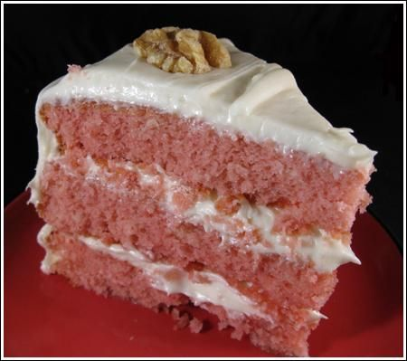 I'd been meaning to make a strawberry cake for the past two years -- ever since I saw a really good looking one at a gas station/bakery in La Grange, TX. It was baked in a giant sheet pan and was very tall, soft and pink. At first I thought maybe i