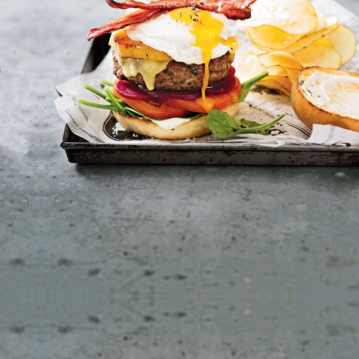 How to make a delicious Hamburger with the Works! #Hamburger #Burger #Bacon #Egg