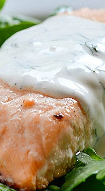 Baked Lemon Pepper Salmon with Creamy Dill Sauce