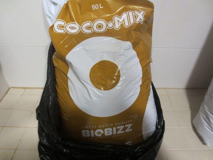 Crystal white transplanting Cocu-mix ideal medium 100% organic