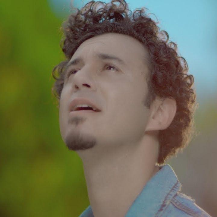 متن و ترجمه آهنگ Istersen از Buray Sarkicilar Unluler Muzik