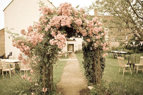 I was thinking this would be lovely for a wedding but I'd also love one in my garden!