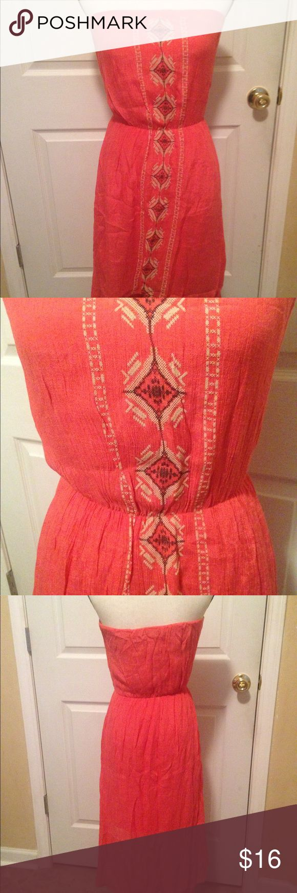 Brand Unknown pink gypsy coachella dress The tag on the inside is missing, so im not sure what brand this is :( It's in perfect condition and its a beautiful dress. Measurements: (the material is stretchy) Bust- 14 inches from underarm to underarm Waist- 24 inches  Length in the front- 27.5 inches Length in the back- 38.5 inches Dresses High Low