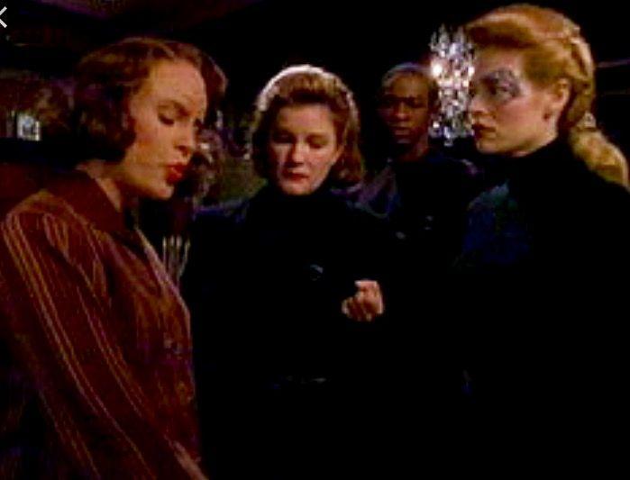 Voyager janeway seven belanna erotica