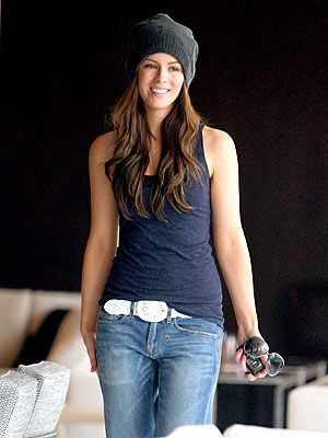 Kate Beckinsale style....soo cute!