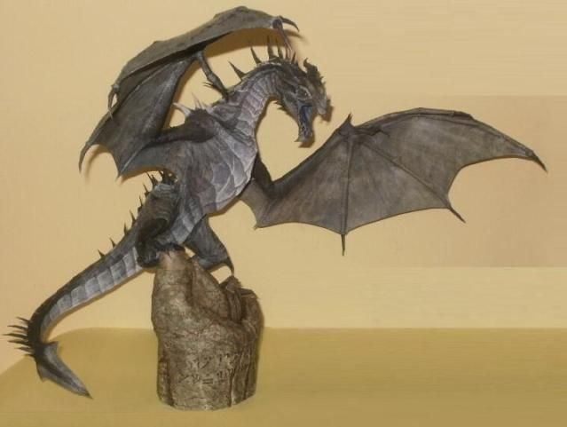 Frost Dragon From The Elder Scrolls V - by Daishi - A very well done and hard-to-build model of Viinturuth, the Frost Dragon, from Elder Scrolls V videogame. This cool mode was made by Daishi. - Find the link to download this cool free paper model at Papermau!