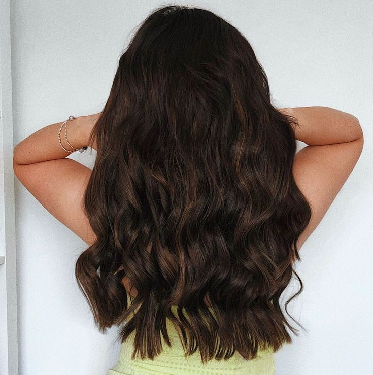 Milk + Blush Hair Extensions: 20-22″ Luxurious Set in the shade Sweetie Darling