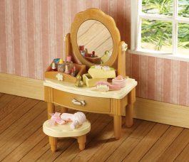 33 best sylvanian families furniture images on pinterest for Sylvanian families beauty salon dressing table