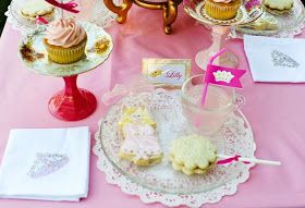 Party Printables | Party Ideas | Party Planning | Party Crafts | Party Recipes | BLOG Bird's Party: Styled Shoot: A Fairytale Princess Birthday Party!