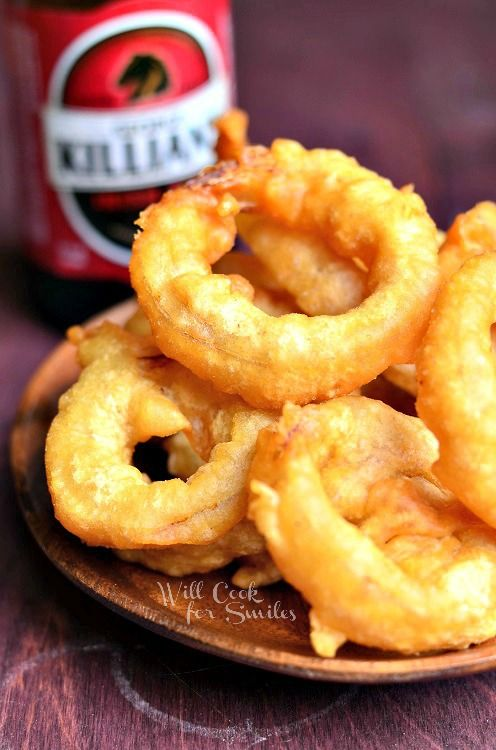 Beer Batter Onion Rings |  from willcookforsmiles.com #onionrings #beerbatter #fried