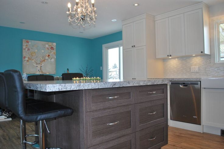 Penhold Renovation: #afterpictures #kitchen  www.diamondinterior.com