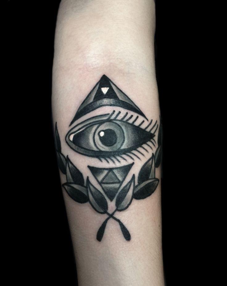 Classic Tattoo Berlin: By El.santa Traditional Oldschool Classic Tattoo Black