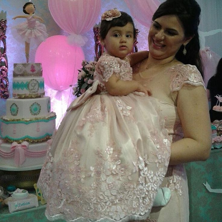 Kelly e sua princesa Leticia vestem Cecília Cavalcante!!! Acessório para o cabelo por @mimos_de_princesa_rn