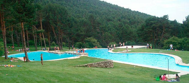 Un verano en Madrid no es sinónimo de aburrimiento. En la capital exiten numerosas formas de acercarte a la playa gracias a sus piscinas y embalses.