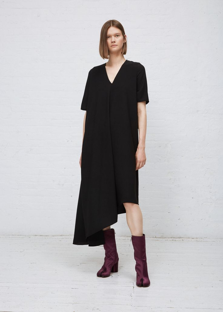 Maison Margiela Crepe Asymmetrical Dress (Black)
