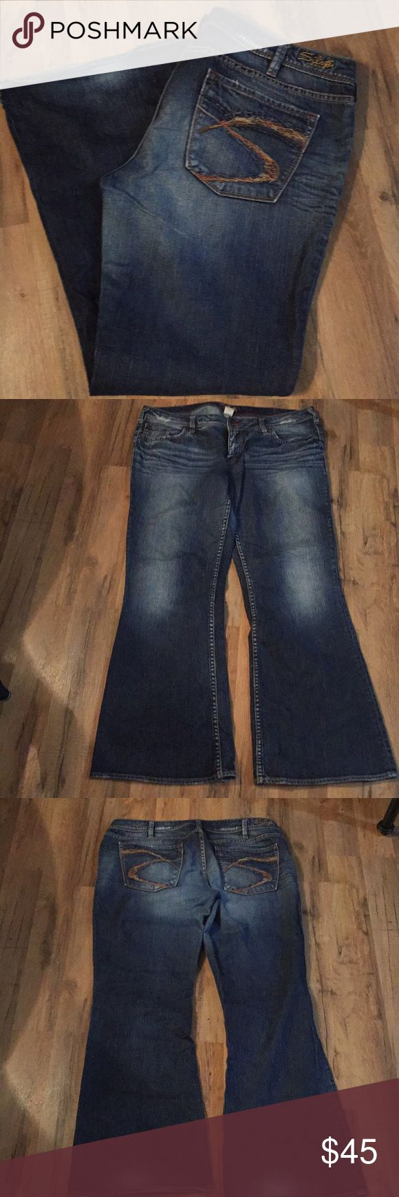 "Woman's Silver jeans Size 36 and inseam is 31"" silver Jeans Boot Cut"