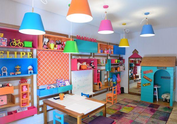 Quarto Brinquedoteca, da Mak Interiores, de Tiza Kann, Carmen Mansor e Fernando Azevedo, para a QE Bebê. Veja outros ambientes da mostra: http://www.webcasas.com.br/revista/materia/decoracao/205/confira-13-projetos-para-bebes-e-criancas/