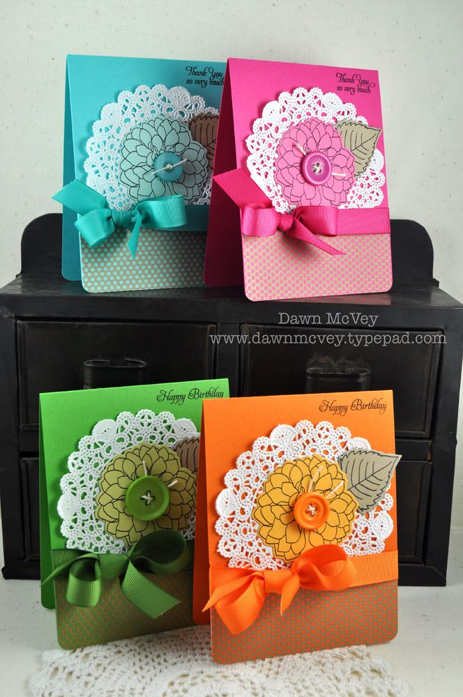 Excellent way to use those paper doilies.