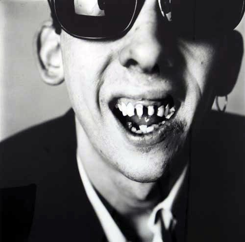 Pogues on a Tuesday Morning.... (also check out the article this links to, Shane finally went and bought himself some teeth!