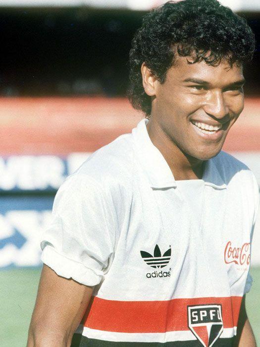 Muller -  386 jogos e marcou 160 gols.  1984-1987 (Primeira passagem) 1991-1994 (Segunda passagem) 1996 - (Última passagem)  CAMPEÃO BRASILEIRO -  1986 e 1991 CAMPEÃO LIBERTADORES - 1992 e 1993  CAMPEÃO COPA INTERCONTINENTAL - 1992 e 1993 CAMPEÃO PAULISTA - 1985, 1987, 1991 e 1992 CAMPEÃO SUPERCOPA DA LIBERTADORES - 1993.