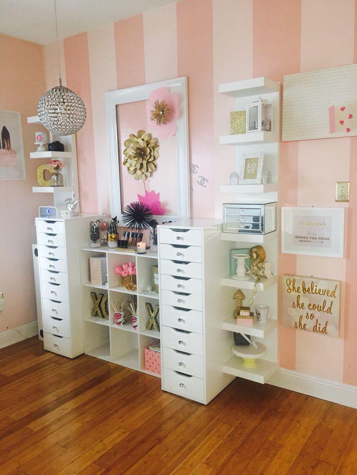 Makeup Storage Desk