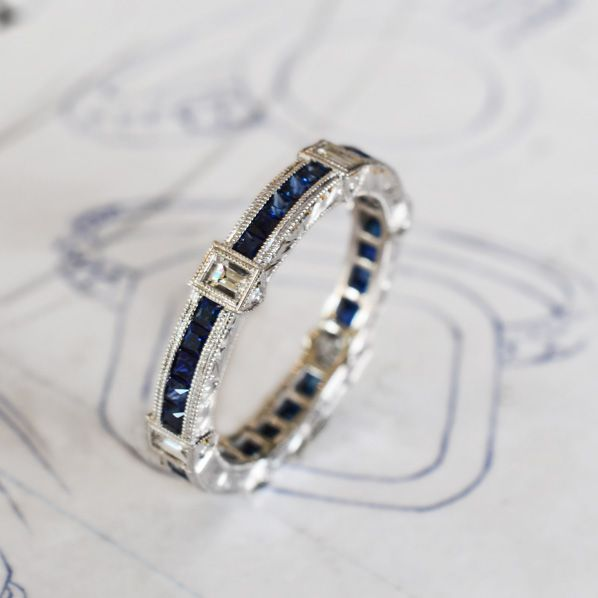 sapphire and diamond ring from Jolie