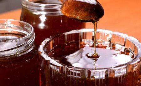 Yacon Sirup und Pulver gelten als gesunde Süssungsmittel mit vielen positiven Auswirkungen auf die Gesundheit. Süsser Geschmack - geringer Zuckergehalt.