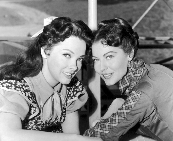 Just watching Showboat for the first time. These actresses (Kathryn Grayson and Ava Gardner) are so beautiful! Their outfits and hair are so tasteful, modest, and feminine, and their expressions are so sweet and innocent and natural. It makes me sad to think how far away from this we've gotten in such a short amount of time...