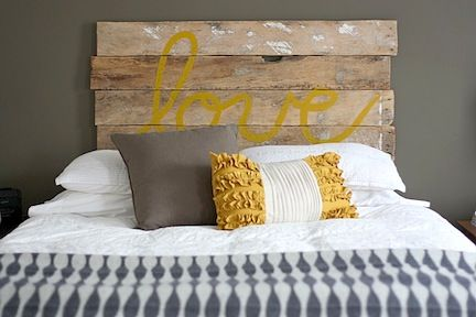 :): Decor, Wood, Headboards Ideas, Head Boards, Diy Headboards, Rustic Headboards, Bedrooms, Guest Rooms, Pallets Headboards