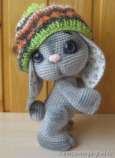 Связанный крючком заяц Лапушка - вязание и вышивка, плетение, игрушки зверята хэнд мейд. МегаГрад - авторская ручная работа