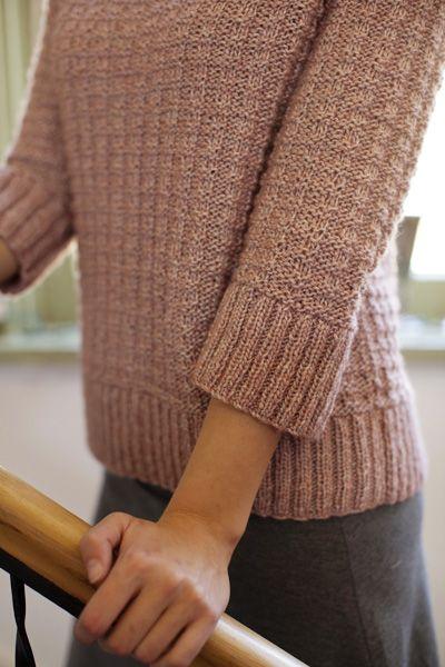 Vandalia: Knitty First Fall 2012