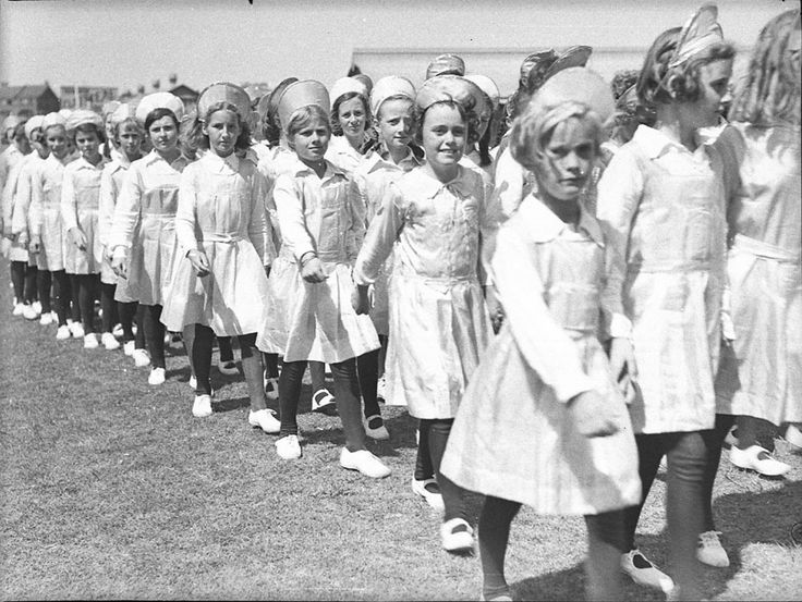 Schoolgirls take part in the St Patrick's Day parade, Sydney Showground, 9 March 1940. Sam Hood Collection, Mitchell Library, State Library of New South Wales: http://www.acmssearch.sl.nsw.gov.au/search/itemDetailPaged.cgi?itemID=25724