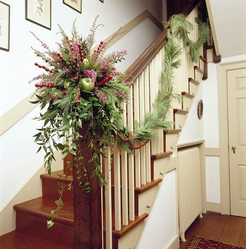 Decorate The Stairs For Christmas: 1000+ Images About Christmas Staircase On Pinterest