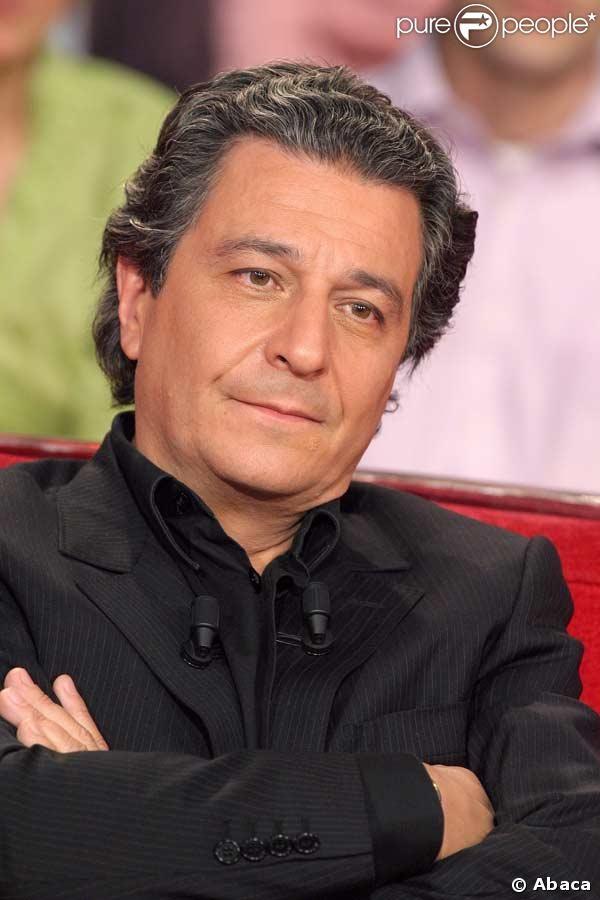 Christian Clavier est un acteur et réalisateur français, né le 6 mai 1952 à Paris