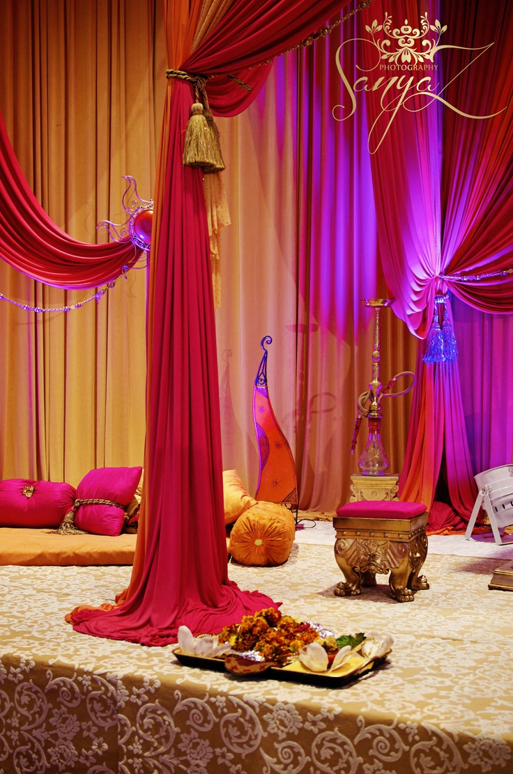 Indian sangeet mehendi stage indian wedding ideas for Decoration decoration