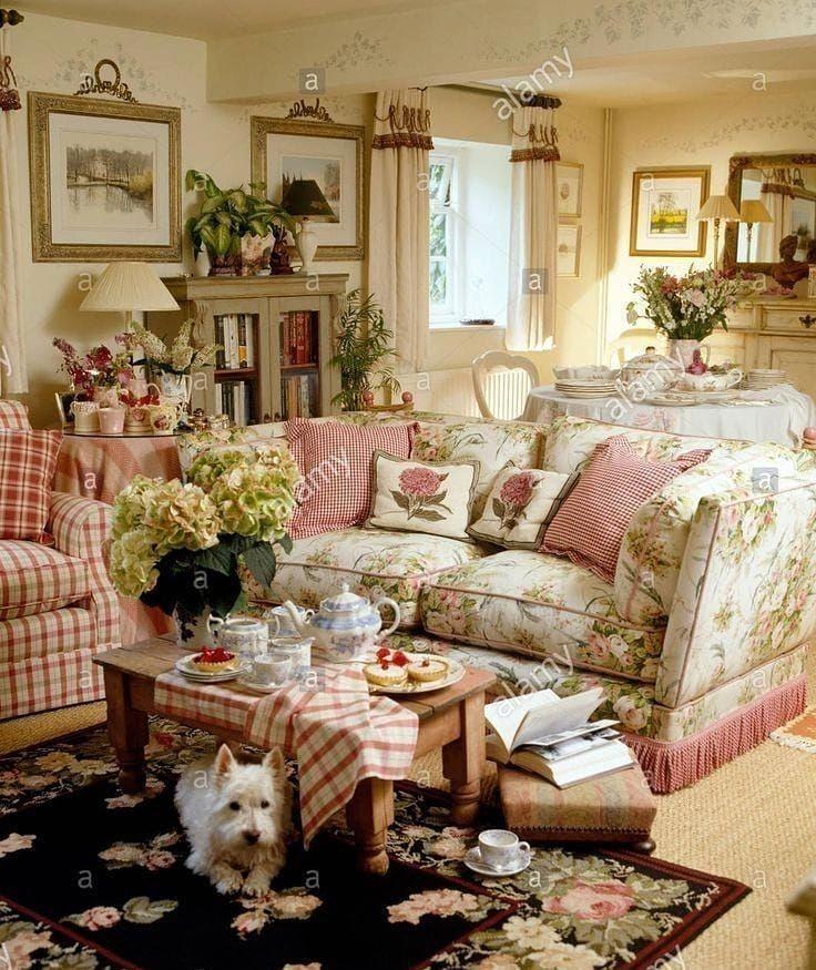 Decorating Mantels English Cottage Decor Cottage Style Interiors Cottage Living Rooms