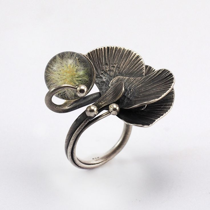 Silver Ring with dandelion embedded in Resin Design : Julia Tusz and Sylwia Calus