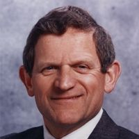Former Cisco CEO John Morgridge will give the 2012 graduation address at Stanford GSB