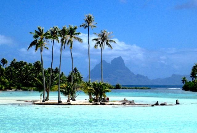 Tahiti, also called French Polynesia is a luxury travel bucket-list destination, is the most tranquil place on Earth. Here, the best Tahiti vacation spots.