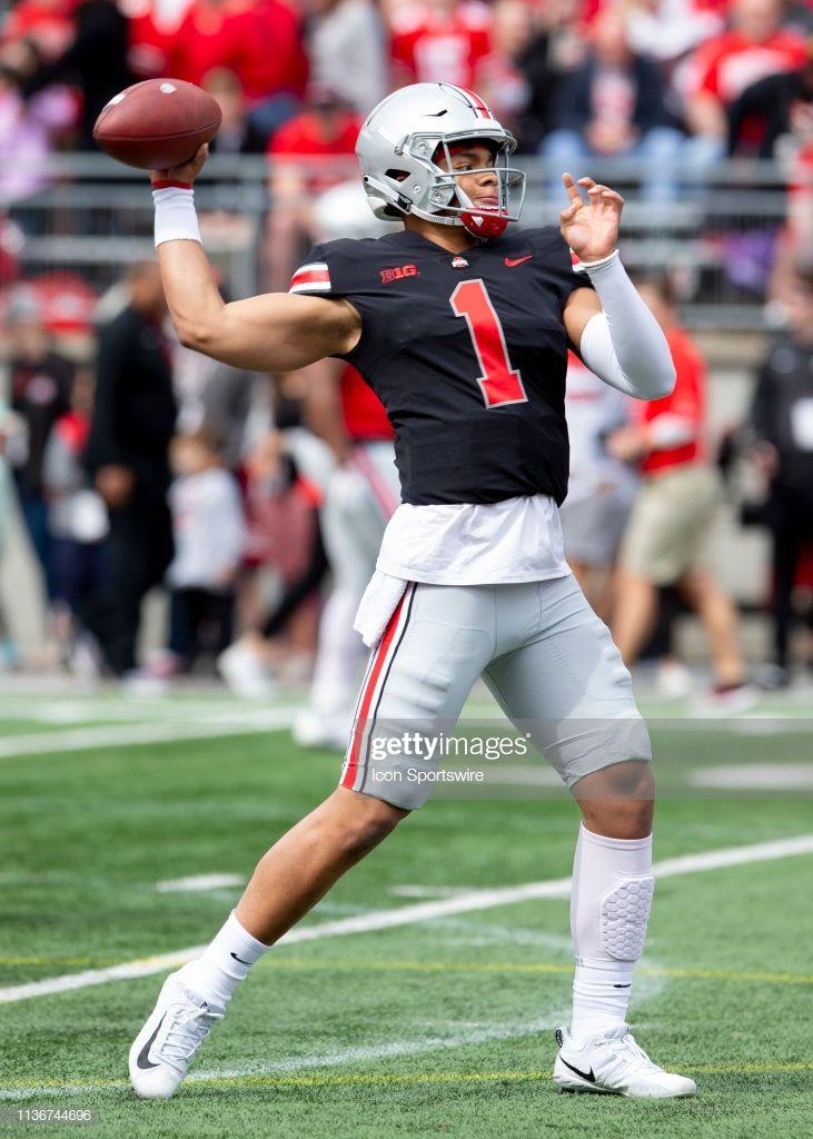 Ohio State Buckeyes Quarterback Justin Fields Passes The Ball During Ohio State Buckeyes Football Buckeyes Justin Fields