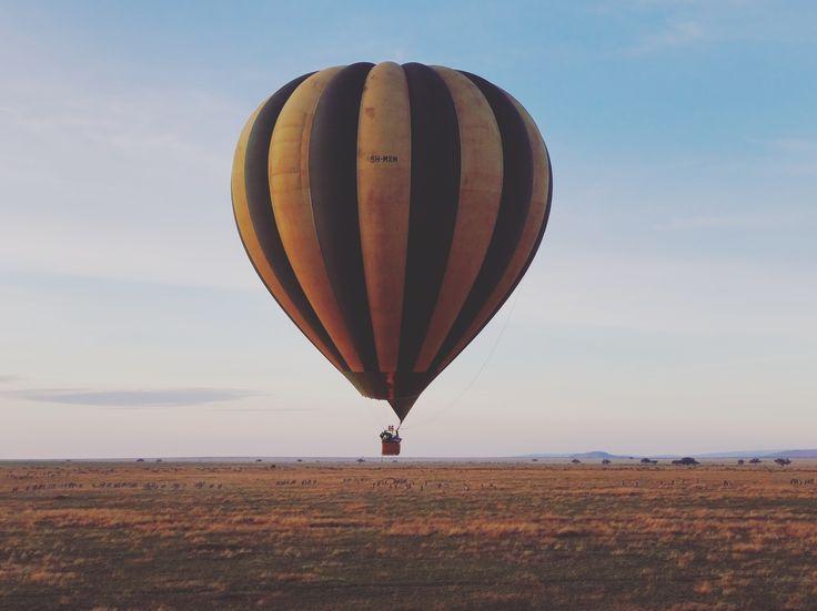 This #TravelTuesday we would love to be drifting over the #Serengeti's endless plains🌍 Serengeti Tanzania Serengeti Gems FourSeasonsSerengeti Tanzania Parks