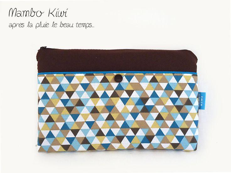 """Housse SUR MESURE tablette 8"""" - Etui iPad mini, petite tablette et liseuse, tissu rétro triangles colorés : Housses ordinateurs et tablettes par mambo-kiwi"""