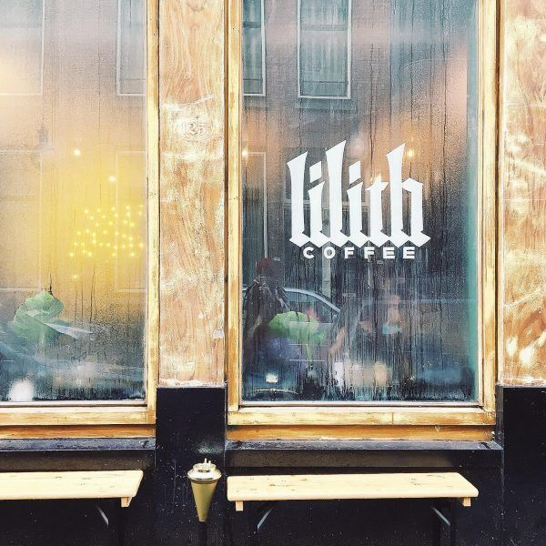 These are the 10 perfect hotspots in Rotterdam. Coffee, sweets and the looks.   Instagrambloggers.nl   Lilith Rotterdam