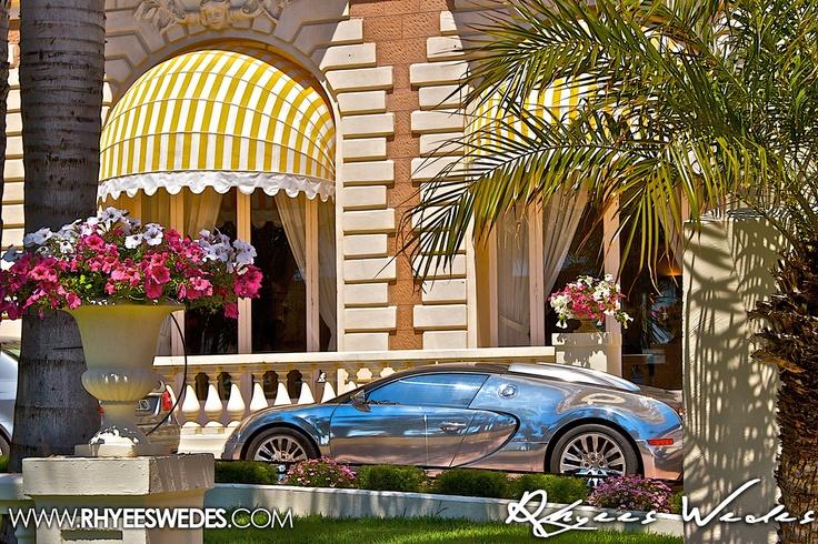 Cannes Film Festival - Custom Chrome Bugatti Veyron. Price Tage $3000000!