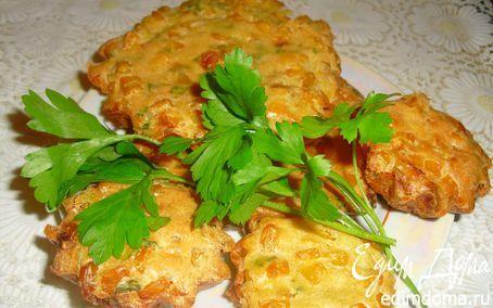 Мини-фриттата ( яйца, сладкий перец, кукуруза, сыр)